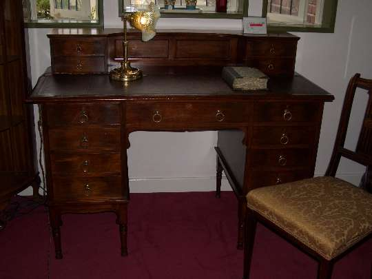 Libaty 9D desk