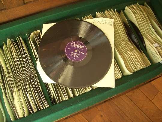 ベンチチェスト&SPレコード約280枚